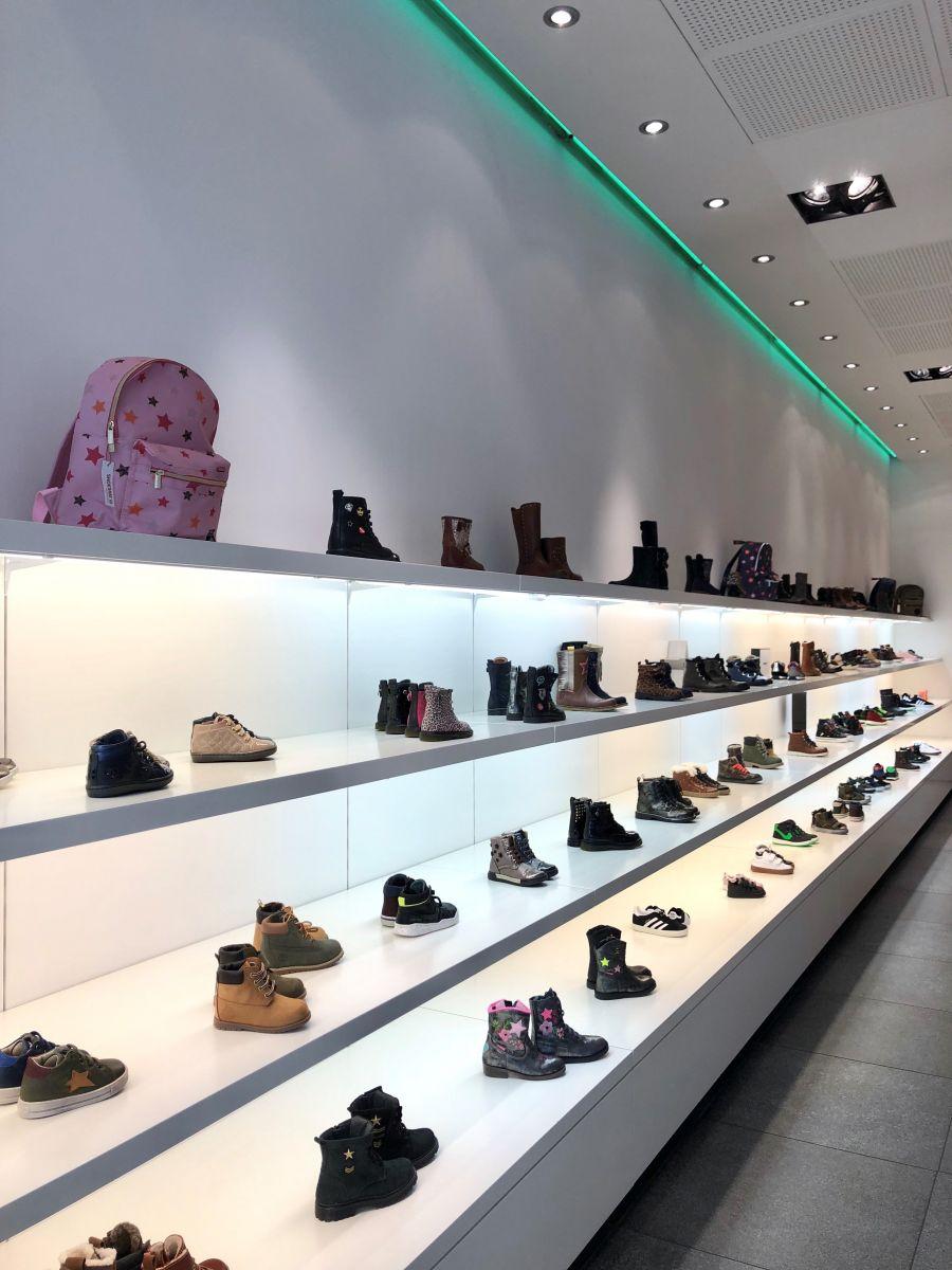 Schoenenwinkel Kinderschoenen.Over Maxime Schoenen De Online Kinderschoenen Winkel Maxime