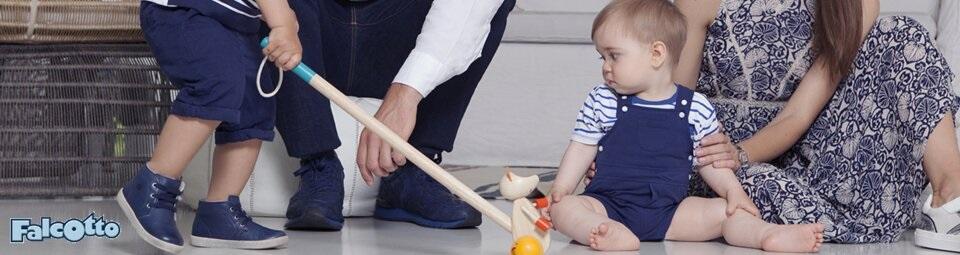 Falcotto baby en kinderschoenen
