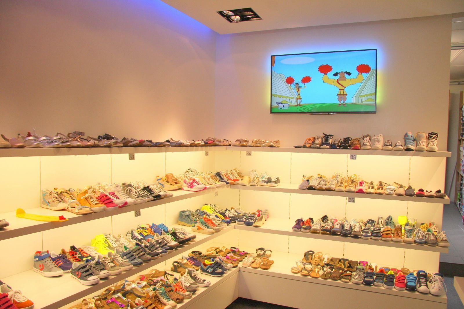 damesschoenen-kinderschoenen-winkel-Maxime-Schoenen